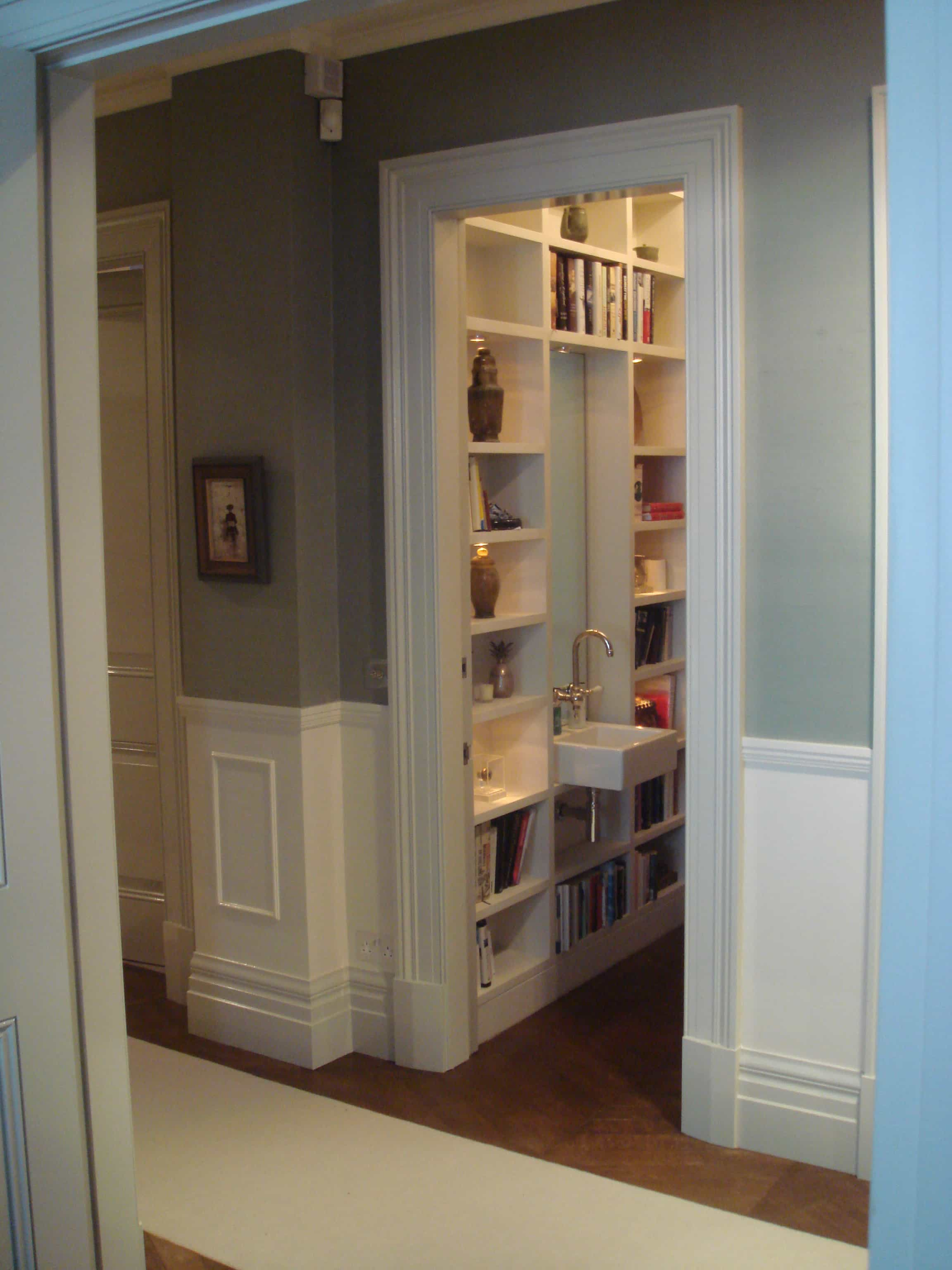 Bespoke furnishing - Staircases with integrated bookshelves ...
